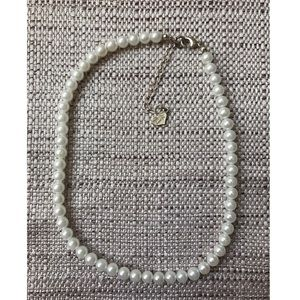 Jewelry - Small Pearl Choker Necklace, GREAT CONDITION